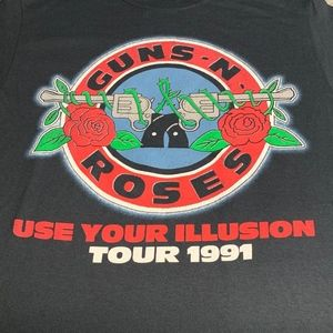 Guns N Roses Use Your Illusion tee SML